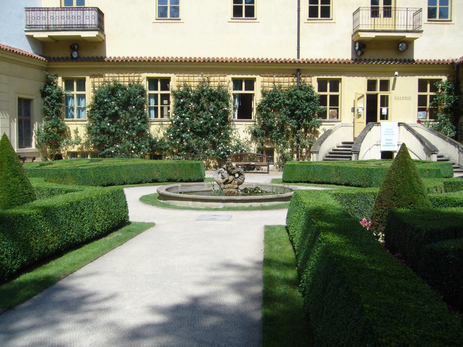 Vrtbovská zahrada - pohled