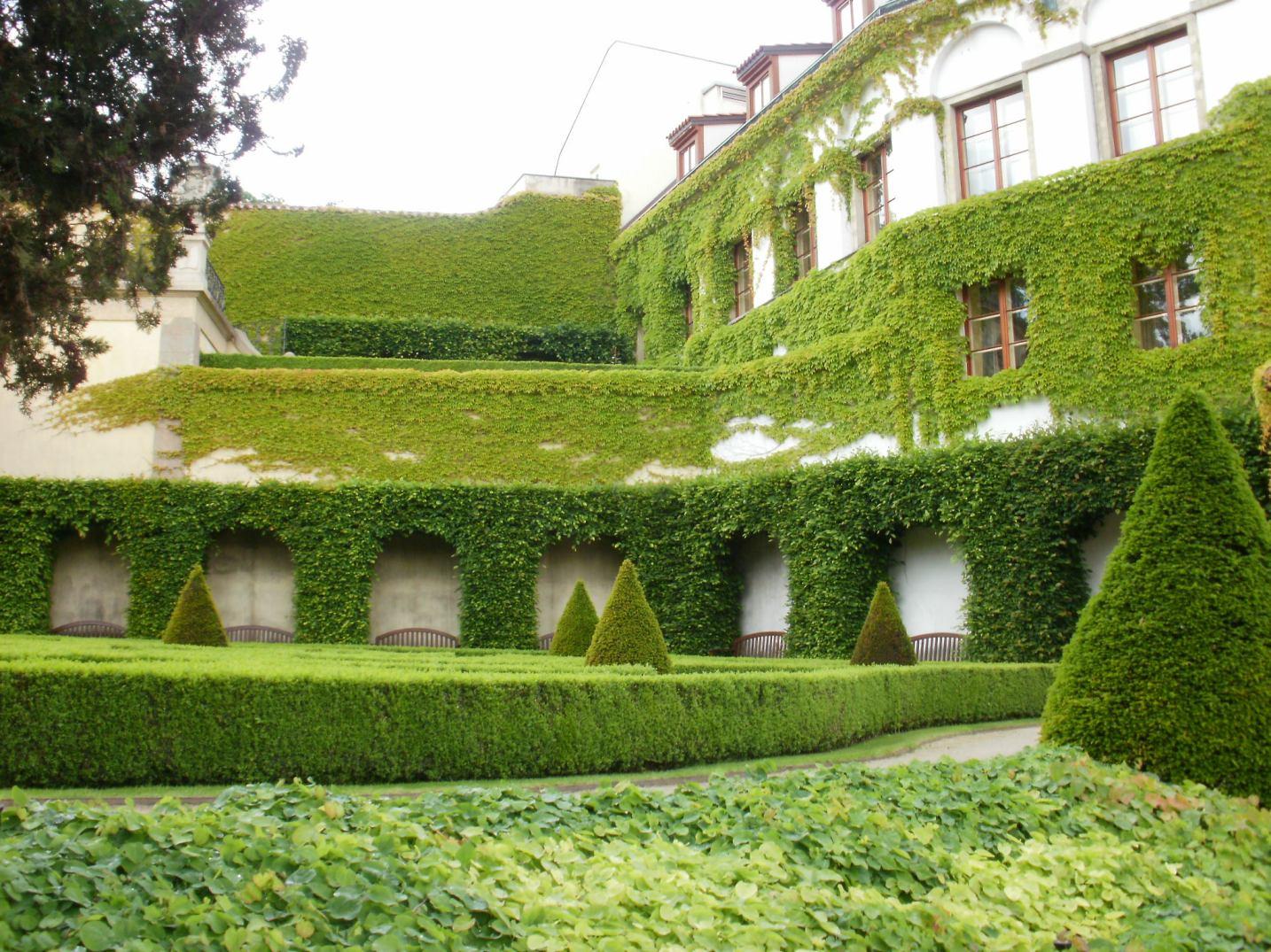 Vrtbovská zahrada - zelené terasy