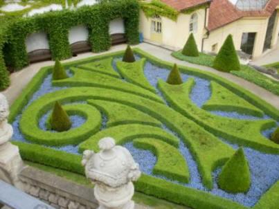 Údržba veřejné zahrady